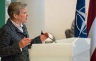 Prednáška zástupkyne GT NATO R. Gottemoellerovej na vysokej škole v Rige